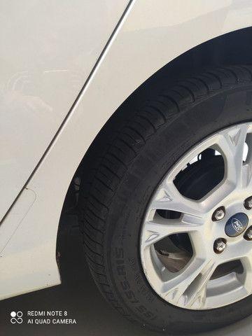 Fiesta 1.6 Hatch 16 V Flex 4 P Powershift (Aut.) - Foto 5