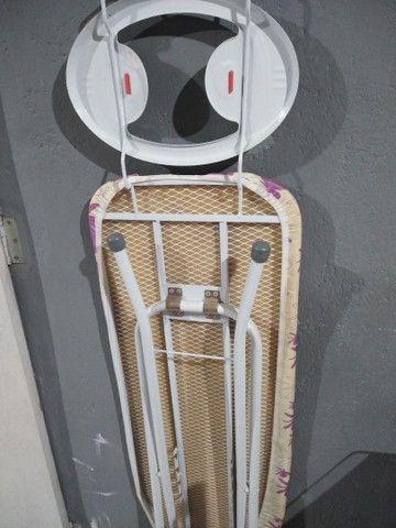 Tábua de passar roupa - Foto 3
