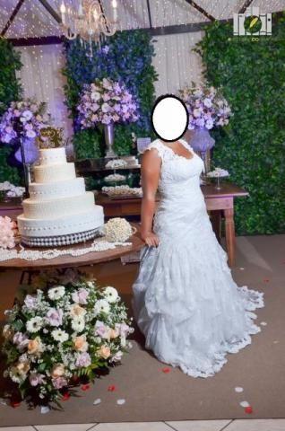 Vestido de noiva, todo em renda, da estilista Maggie Sottero