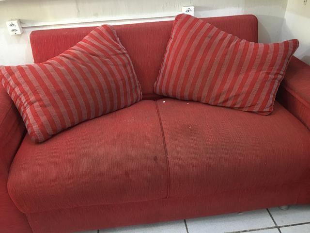 Sofa luxuoso vermelho