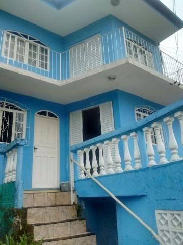 Casa no Morro da Cruz com excepcional vista, semi mobiliada