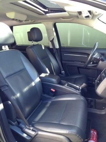 Dodge Journey R/T 2.7 V6 185cc 4x4 - 2010 - Foto 13