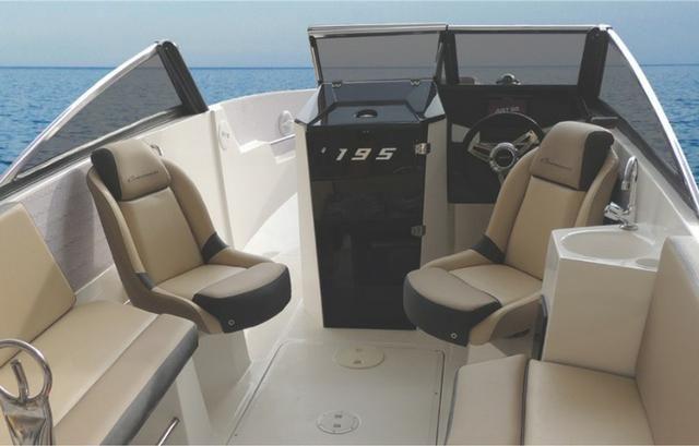 Lancha Ventura 195 Cross com Motor Mercury 100HP-CT - pronta para navegar - Foto 7