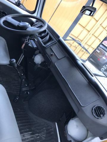 Volkswagen kombi furgão 1.4 flex 2012 excelente estado - Foto 5