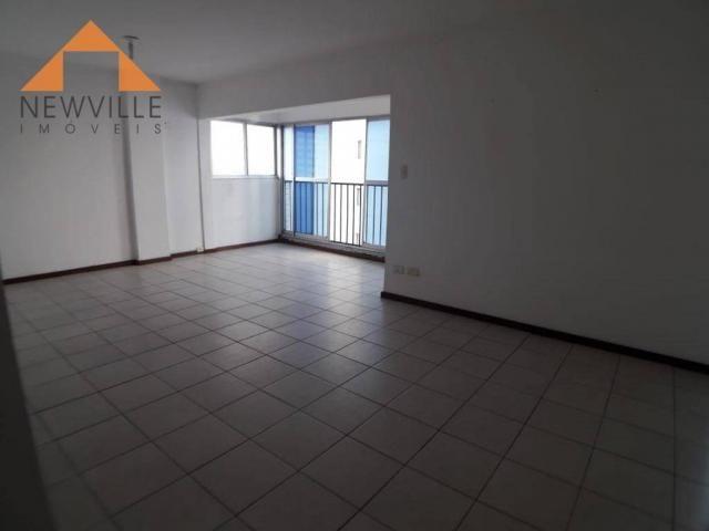 Apartamento com 2 quartos para alugar, 97 m² por R$ 2.200/mês - Graças - Recife