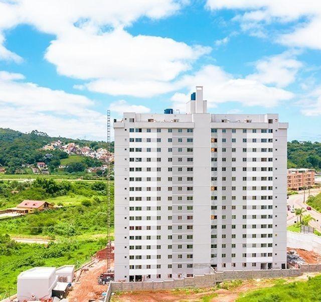 Apartamento de 2 quartos com área de lazer completa no Realeza - Obras muito avançadas