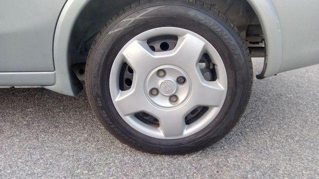 Chevrolet Corsa Sedan 1.4 Completo - Foto 9