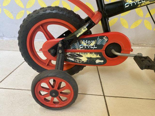 Bicicleta infantil (semi nova) - Foto 3