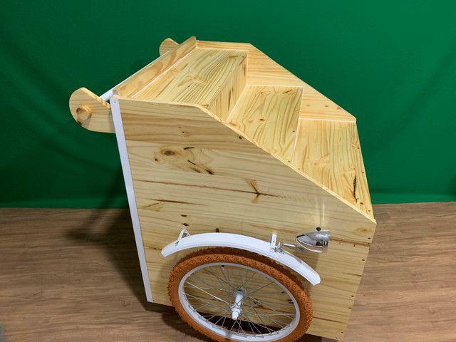 Carrinho gourmet de madeira - Foto 6