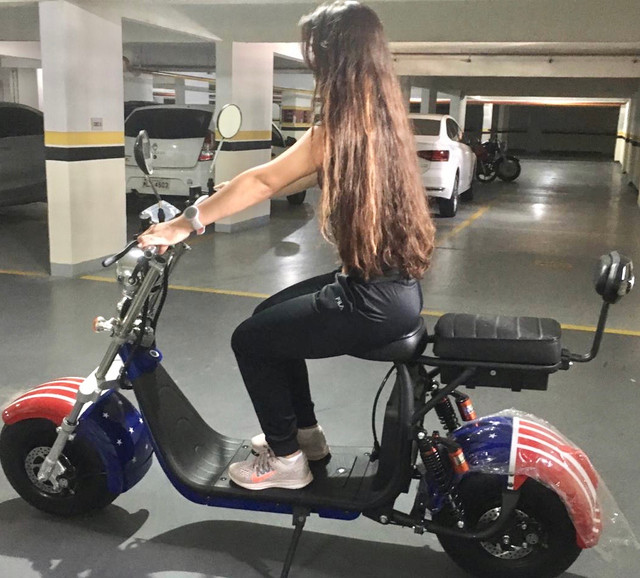 Vá trabalhar e passear de scooter elétrica