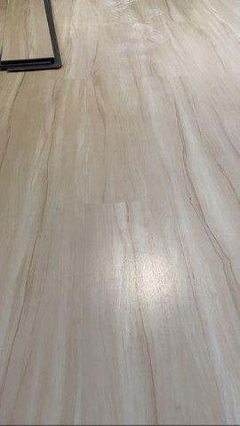 Pisos vinílico,laminado,karpet, rodapé e rodameio - Foto 3