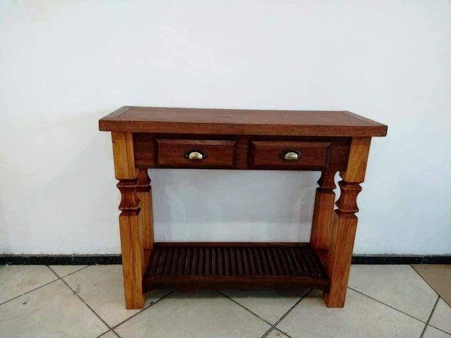 Mesa quadrada toda em madeira maciça - Foto 4