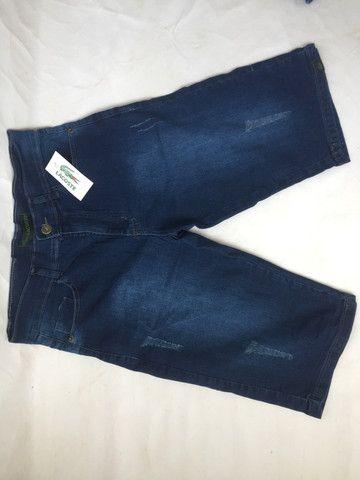 Bermuda jeans com elastano e bermuda de sarja preta - Foto 2