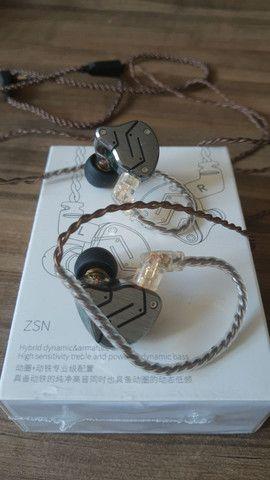 Fone de ouvido profissional<br>Zsn pro