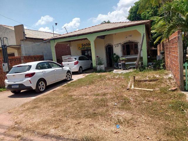 Vende se uma casa no bairro Brasil novo