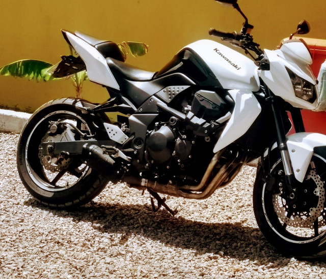 Moto Z750 2010  Baixei para vender urgente - Foto 3