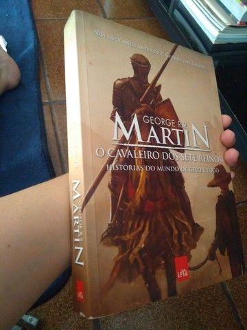 Livro o cavaleiro dos sete reinos - Foto 4