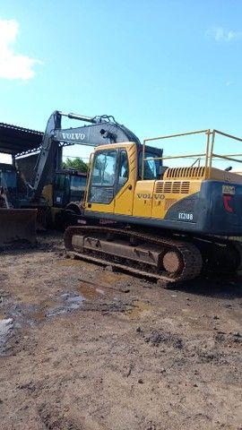 Escavadeira VOLVO EC210B - Foto 6