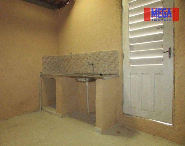 Casa com 2 quartos para alugar no Montese - Foto 7
