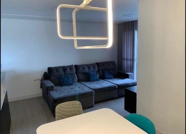 01 Apartamento em Jardim Camburi