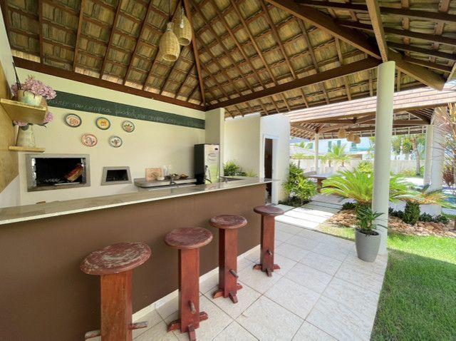 Casa em Condominio Fechado, 04 Suites sendo 1 master com hidromassagem - Foto 9