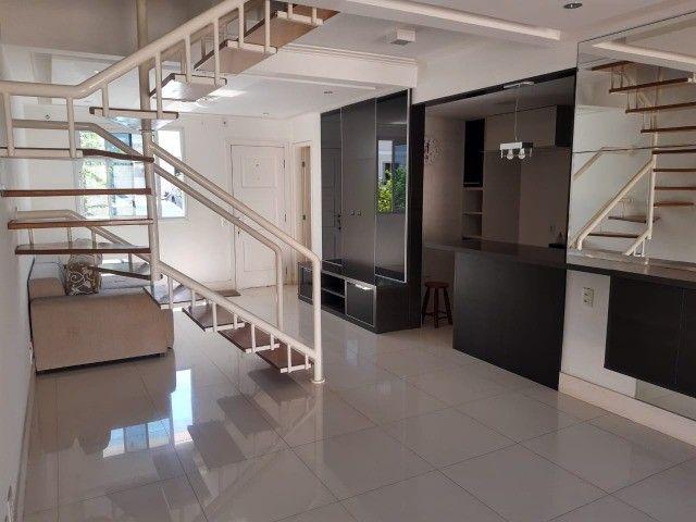Casa de 03 quartos, com 147 m² no condomínio Vila dos Pássaros