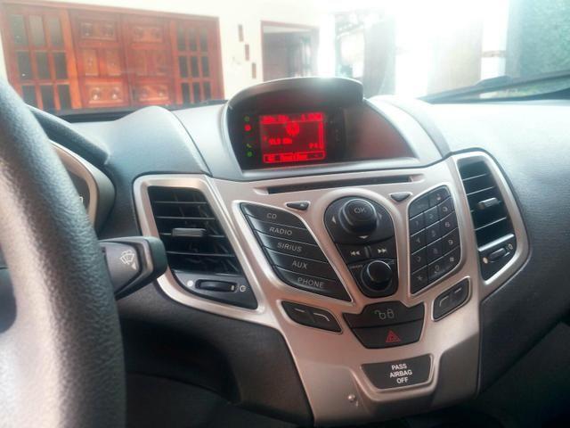New Fiesta Hatch SE 1.6 completo - Foto 3