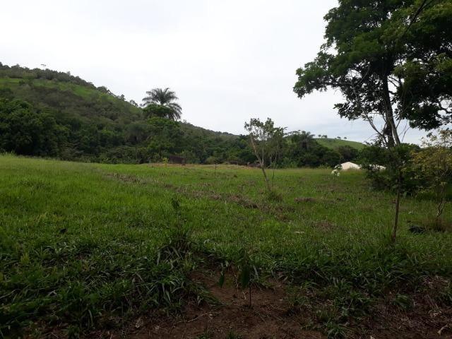 Caetano Imóveis - Terreno escriturado com 4.255m² (possui cachoeira privada dentro) - Foto 6