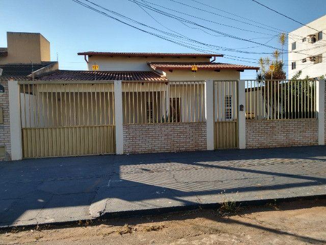 Casa Sudoeste, sozinha no lote . ( Cidade Jardim divisa sudoeste ) - Foto 20