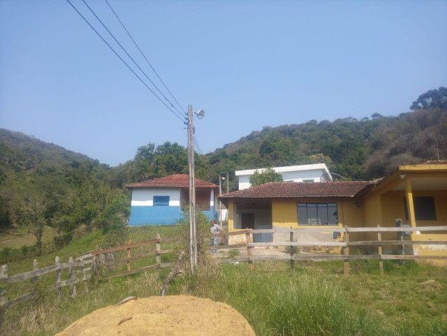 Chácara de 1 alqueire com casa e laticínio em Marmelópolis - Foto 4