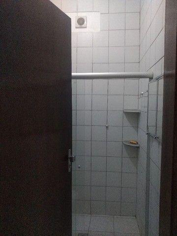 Apartamento térreo, com 3 quartos e 3 banheiros, garagem... - Foto 12