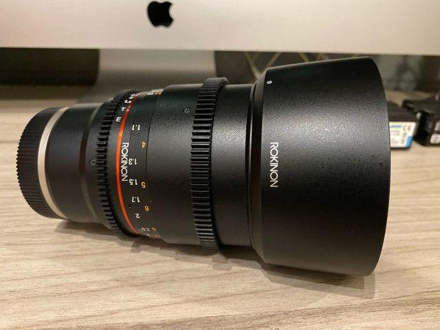 Lente Rokinon 85mm T1.5 cine para Sony - Foto 4