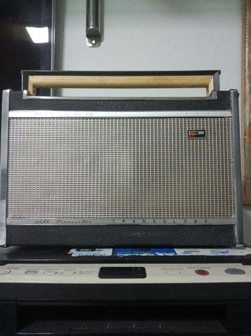 Rádio relíquia Transglobe