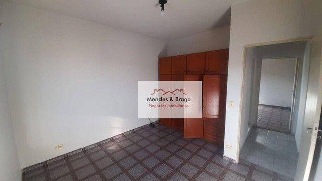 Sobrado com 4 dormitórios para alugar, 160 m² por R$ 2.500,00/mês - Cocaia - Guarulhos/SP - Foto 15
