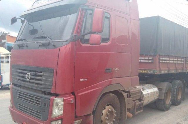 Caminhão FH520 (Entrada + Boleto)