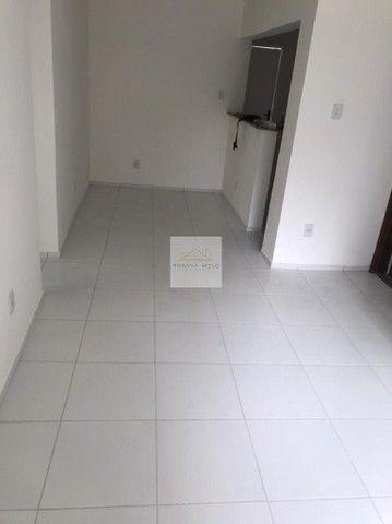 Edf. Tróia - Boa Viagem/ 02 Quartos/ 01 Suíte/ 02 banheiros/Reformado/ Com taxas inclu...