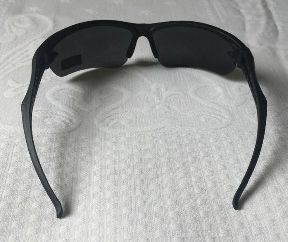 fb3928ee7 Óculos de Sol Esportivo Preto com Proteção UV Super Confortável Produto Novo