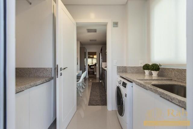 Apartamento com 3 suítes área de lazer com piscina adulto e piscina infantil - Foto 2
