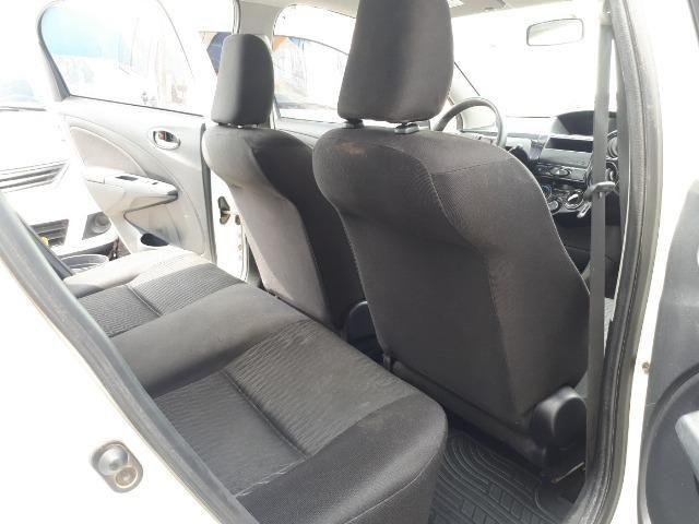 Etios Hatch 2014 1.3 X - Ipva pago, Único dono, Completo, Super conservado - Foto 8