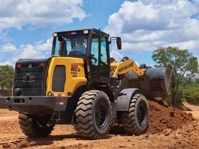 Pá Carregadeira New Holland 12 D Evo Peso Operacional: 10300kg 2021