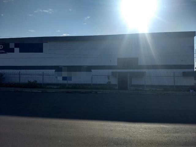 Galpão industrial 2000m², com docas, pé direito alto, piso de alta resistencia - Foto 7