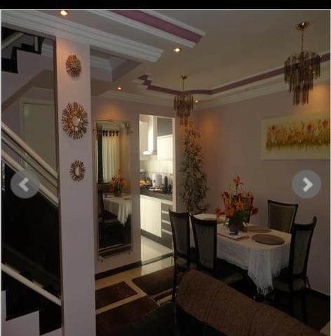 Casa 3 quartos em condomínio fechado QC 14 JD Mangueiral