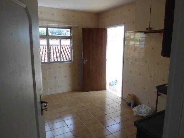 A315 Apto em ótimo local, com dois dormitórios sem condomínio - Foto 13