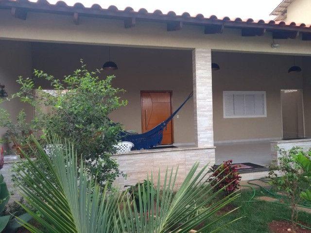 Casa para venda tem 250 metros quadrados com 3 quartos em Jardim Belvedere - Caldas Novas - Foto 8