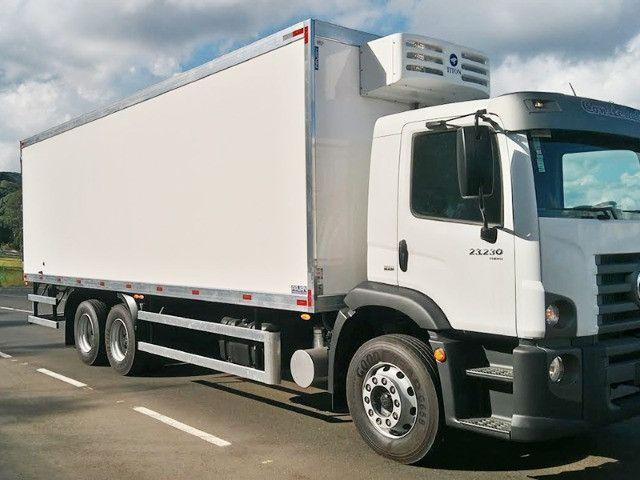 Aparelho de diesel bau 8.50mts gás R404 novo Mathias implementos