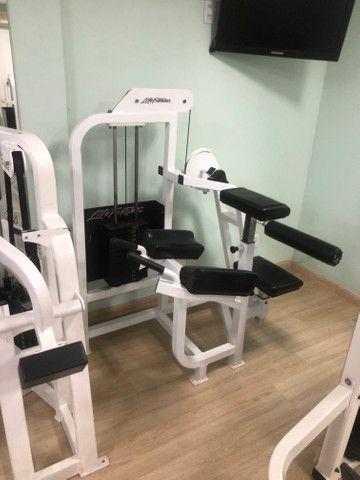 Academia Musculação Life Fitness em ótimo estado - Foto 3