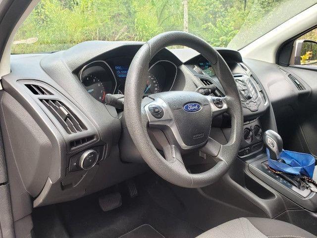 Ford Focus Sedã 2.0 - Foto 14