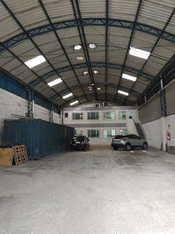 Excelente Galpão c/ escritórios em Santos /SP ( Prox. Av. Perimetral ) - Foto 2