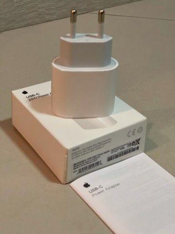 Adaptador de energia Apple USB- C  20W