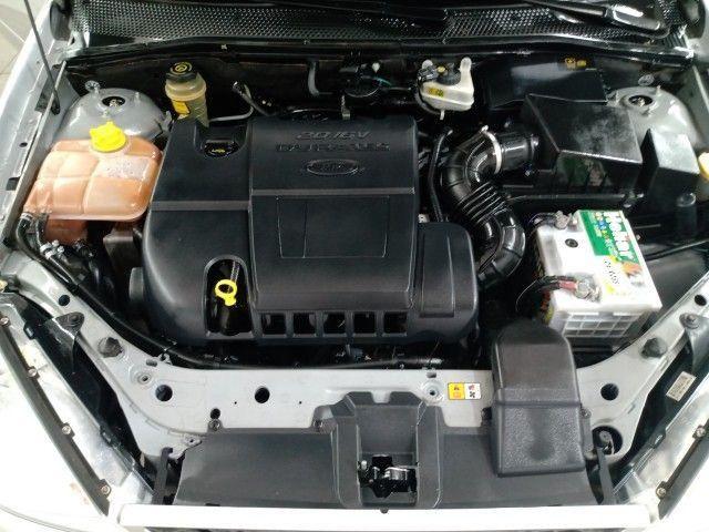 Focus Ghia Sed. 2.0 16V/ 2.0 16V Flex 4p - Foto 2